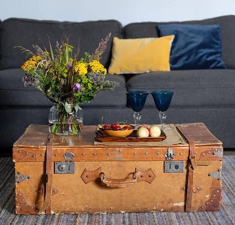 Большой старинный чемодан ста&#...