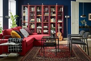 Яркий масс-маркет: 7 предметов мебели из ИКЕА, которые помогут добавить интерьеру цвета
