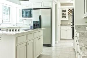 Почему стоит выбрать белую кухню: 8 убедительных доводов «за»