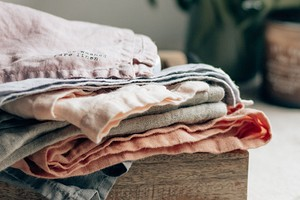 Как быстро высушить вещи: 6 способов