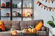 Готовимся к Хэллоуину: 8 красивых идей для украшения тыквы