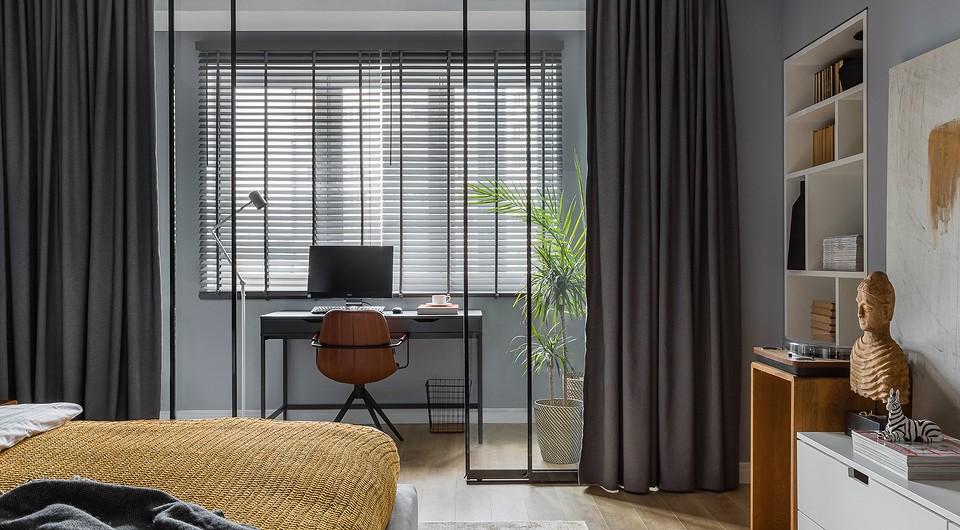 Просторная квартира дизайнера с непростой планировкой