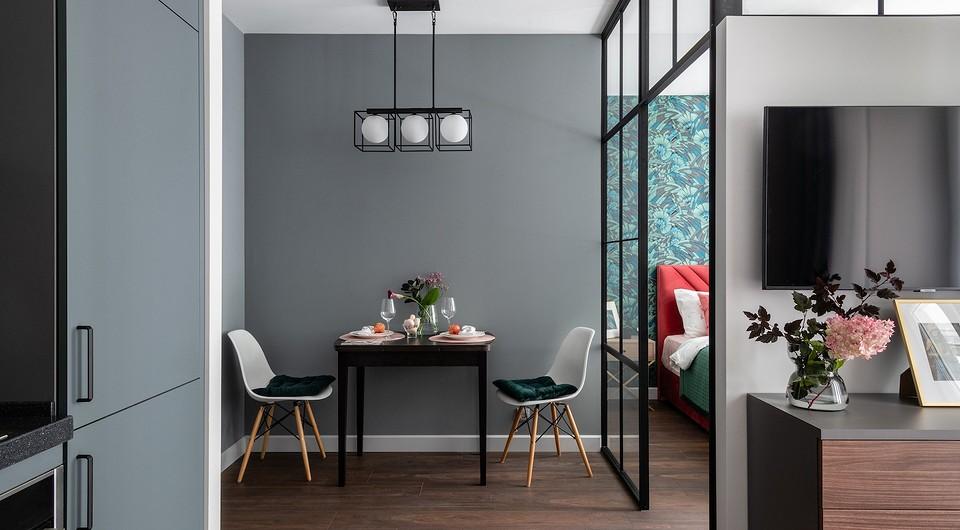 Как уместить на 37 кв. м спальню, кухню-гостиную, гардеробную и постирочную: реальный интерьер