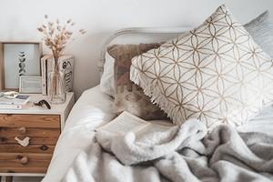 Украсить и сэкономить: 7 идей для декорирования интерьера
