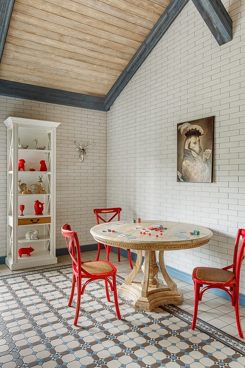 Интерьер общей гостиной с кухн&...