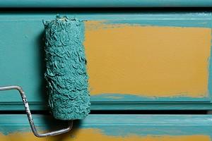 Выбираем лучшую краску для мебели: разбор составов для разных материалов