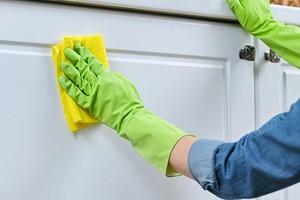 Как правильно мыть кухонные фасады: 8 советов для идеальной чистоты