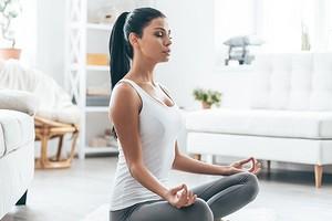 6 мест в вашем доме, где можно обустроить пространство для медитации