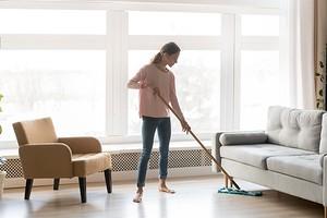 7 предметов в доме, которые стоит передвигать почаще (и убирать под ними)