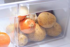 Как и где хранить картошку в квартире, чтобы не испортилась: 5 идей и правила