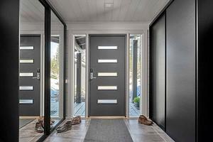 Как утеплить металлическую входную дверь на зиму в квартире и частном доме