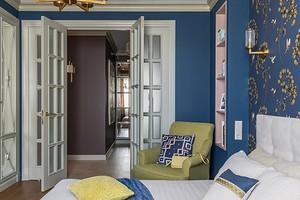 Яркая американская классика: интерьер двухкомнатной квартиры в Краснодаре