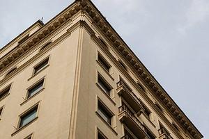 Штрафы за незаконную перепланировку помещений в жилых домах теперь грозят юрлицам и предпринимателям