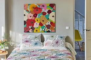 В духе хиппи: 16 вещей для оформления дома с цветочными узорами и формами