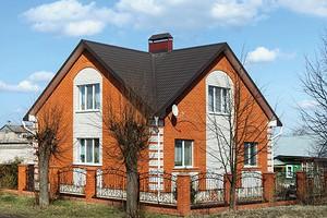Строительство дома из пустотелого кирпича: особенности, плюсы и минусы