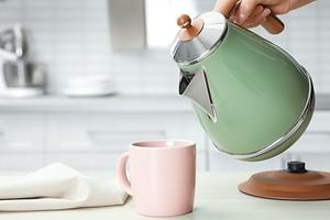 9 советов по использованию электрического чайника, которые продлят ему жизнь