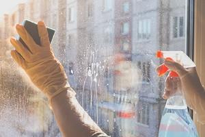 8 лайфхаков для мытья окон, которые упростят процесс и сделают результат блестящим (в прямом смысле)