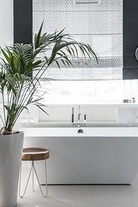 6 советов для стильного и функционального дизайна ванной комнаты в частном доме