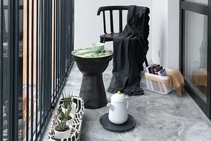 Как создать летнюю террасу на городском балконе: 7 красивых и практичных идей