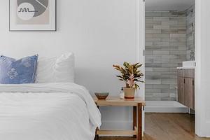 15 предметов, которые дизайнер выбросил бы из вашей спальни