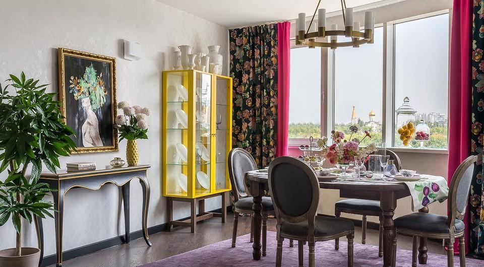 Столовая зона в кухне-гостиной
