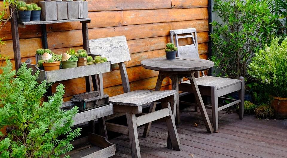 Как правильно и быстро почистить садовую мебель: 7 советов и минимум затрат
