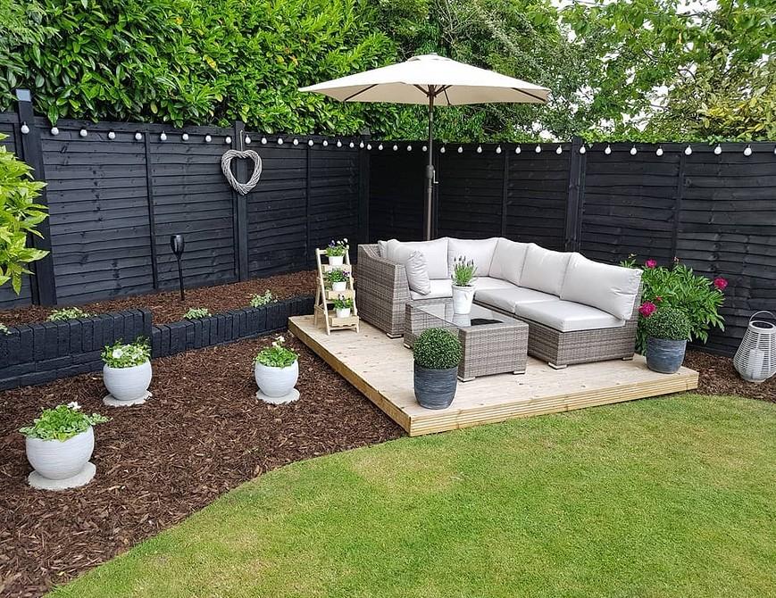 8 бюджетных идей для организации удобной и комфортной диванной зоны в саду