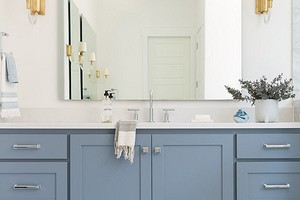 Модный дизайн голубой ванной комнаты: подбираем оттенки, фактуры и материалы