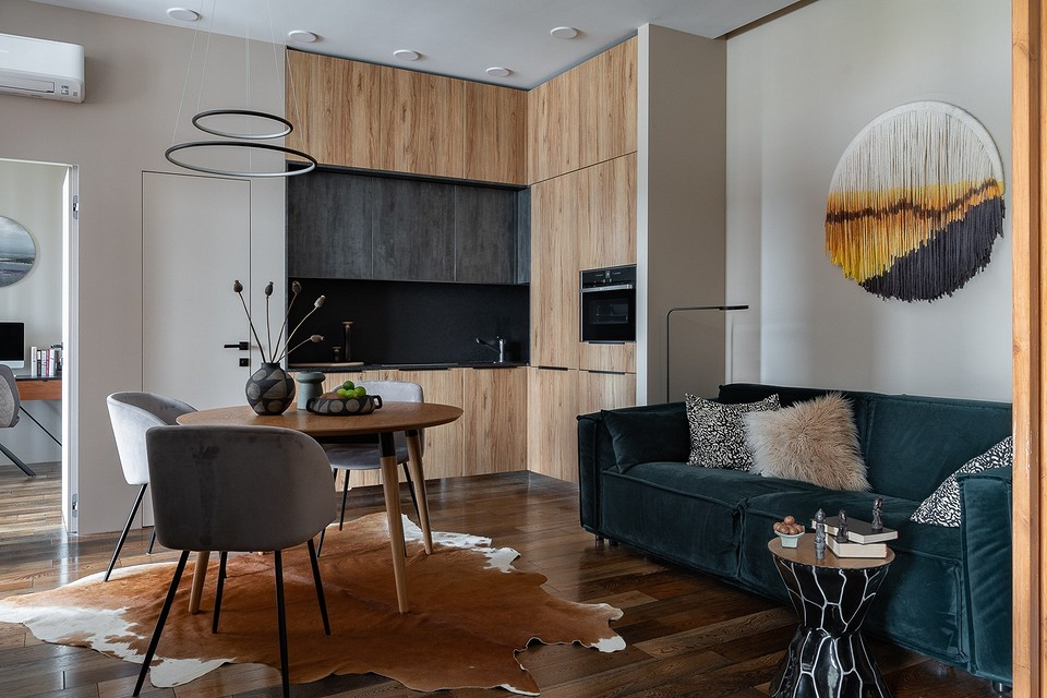 Экзотичная квартира в Москве с кухней в нише