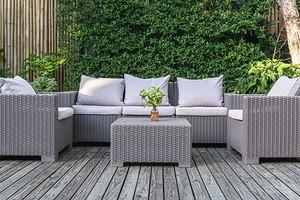 4 совета, которые помогут сохранить вашу садовую мебель на годы