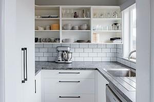 7 предметов на кухне, которые вы храните неправильно (лучше исправить!)