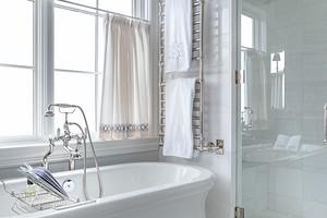 11 ванных комнат площадью 7 кв. м, в которых красиво разместили все нужное (и 53 фото)