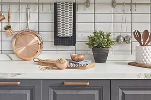6 практичных предметов на кухне, которые можно использовать как декор