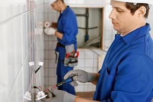 Как правильно выбрать и установить розетки и выключатели во влажных помещениях