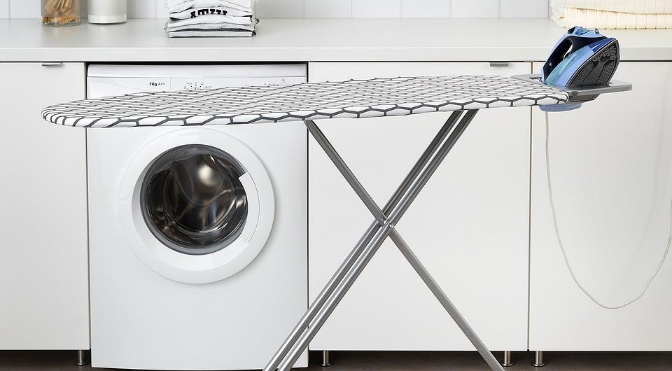 5 гениальных идей для хранения гладильной доски