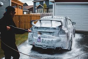 Как сделать пеногенератор для мытья автомобиля, ковра и не только