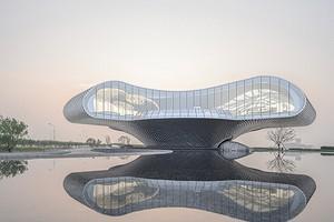 Музей в виде гигантской волны: как он выглядит внутри и снаружи