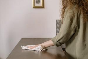 Правила оформления интерьера для тех, кто не любит уборку: рассказали в видео в «Одноклассниках»