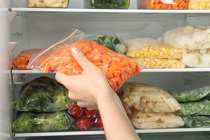 Как хранить морковку в домашних условиях, чтобы она долго не портилась: 4 способа