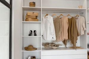 Как сделать гардеробную самому: советы по размещению, планированию и сборке