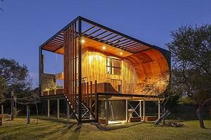 Это удивляет: в Аргентине построили жилой дом с рампой для скейтборда