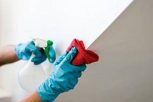 5 рабочих средств, которые отмоют пятна с окрашенных стен