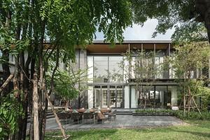 Стеклянный дом: архитекторы построили необычное здание в Таиланде