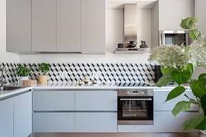 Это модно: 6 двухцветных кухонь из дизайнерских проектов
