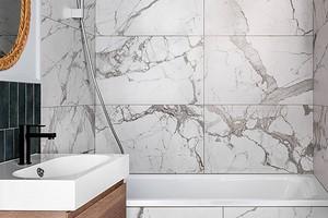 Как использовать мраморную плитку в ванной (64 фото)