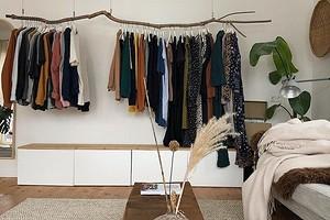 Все на виду: 7 интерьеров с суперстильным открытым хранением одежды
