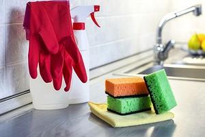 5 убойных средств, которые отмоют жир и грязь с кухонного фартука