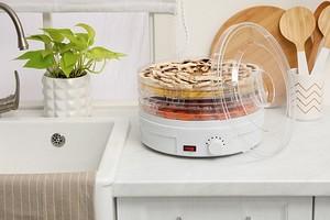 8 нужных предметов для кухни, которые помогут выбрасывать меньше еды