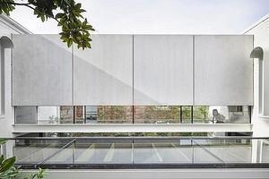 Дом со стеклянным мостом: архитекторы отреставрировали здание в Австралии