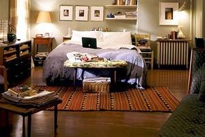 Спальня Кэрри Брэдшоу и еще 4 впечатляющие комнаты для сна из популярных фильмов